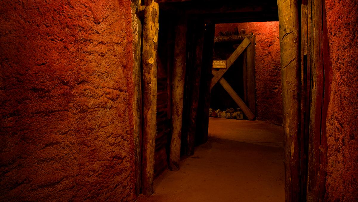 Près de Brignoles dans le Var une mine reconstituée au musée des gueules rouges